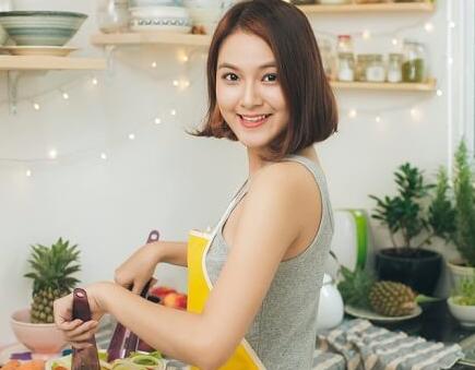 Mau Lebih Langsing Kurangi Konsumsi Makanan Olahan