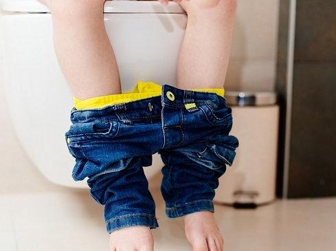Benarkah BAB Setelah Makan bisa Menyebabkan Berat Badan Anak Sulit Naik